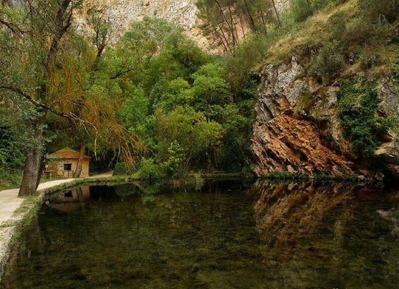 Lago de los Espejos, Monasterio de Piedra en Zaragoza. España.