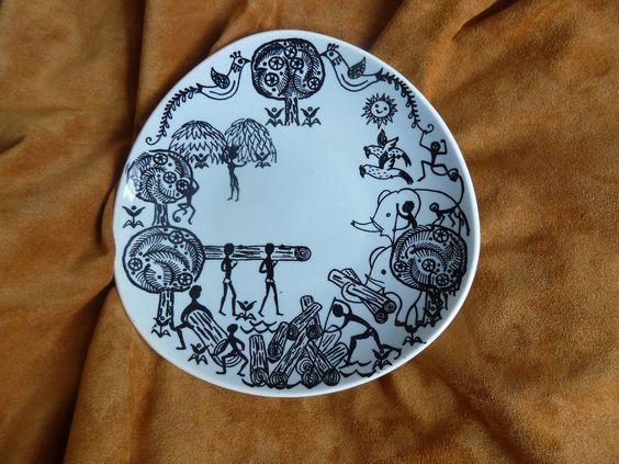 Very rare vintage Norway norwegian Stavangerflint africaskog triangle plate. $25.00, via Etsy.