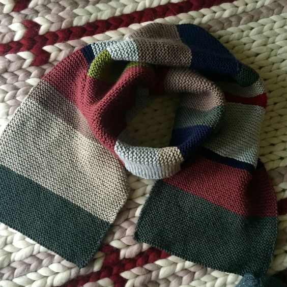 Another gift knit! This knitted scarf with stripes is a great way to use up oddments and left over yarn from other projects - project on the LoveKnitting Community