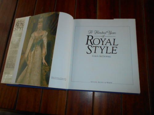 Architecture & Design - COLIN MCDOWELL - ROYAL STYLE - HUNDRED YEARS ILLUS MULLER, BLOND & WHITE 1985 HARDB & DUSTC for sale in Napier (ID:198298003)