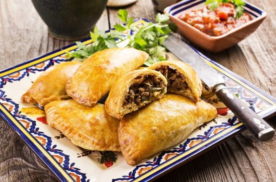 Empanadas argentine con carne: la ricetta