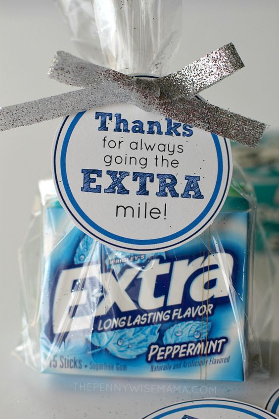 "DIY Gift Idea with FREE printable gift tags - ""Thanks for always going the EXTRA mile!"" Makes a great teacher appreciation gift."