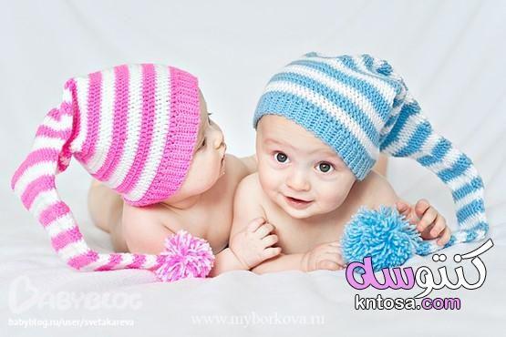 اطفال توائم حلوين صور توائم متشابهين Crochet Hats Knitted Hats Crochet