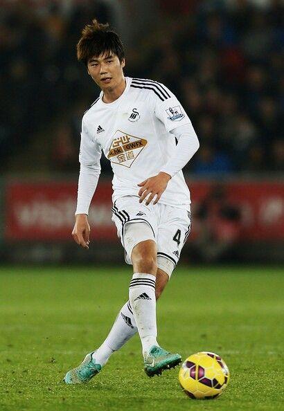 Ki Sung Yueng Swansea City