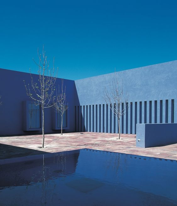 Santa Fe University of Art and Design — Legorreta + Legorreta (1999)