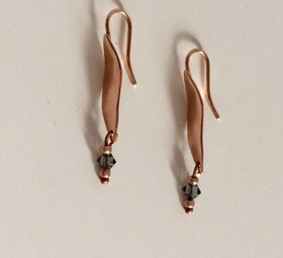 Ohrhänger - Rosévergoldete Ohrhänger mit Swarovski - ein Designerstück von von-Ela bei DaWanda
