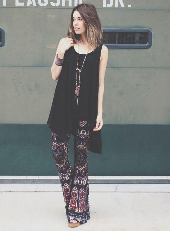 Calça Flare Estampada Street Style: