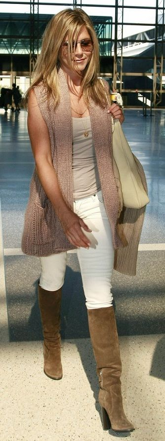 I like casual and neutrals and just about anything Jennifer Anniston wears. Casual in neutrals. (Jennifer Aniston)
