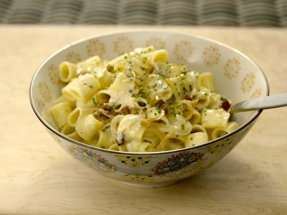 Get this all-star, easy-to-follow Sweet Onion Carbonara recipe from Giada De Laurentiis