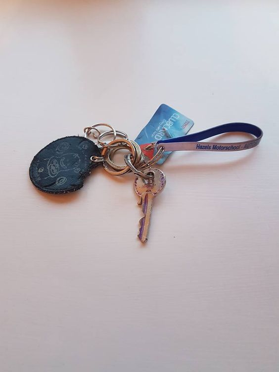 1 key with a Hazel Motorschool keychain have been found on the 6th of May at the top of Bidston Hill in Liverpool. If you any information please contact https://www.facebook.com/Wirral-People-Items-Lost-and-Found-432966336886021/