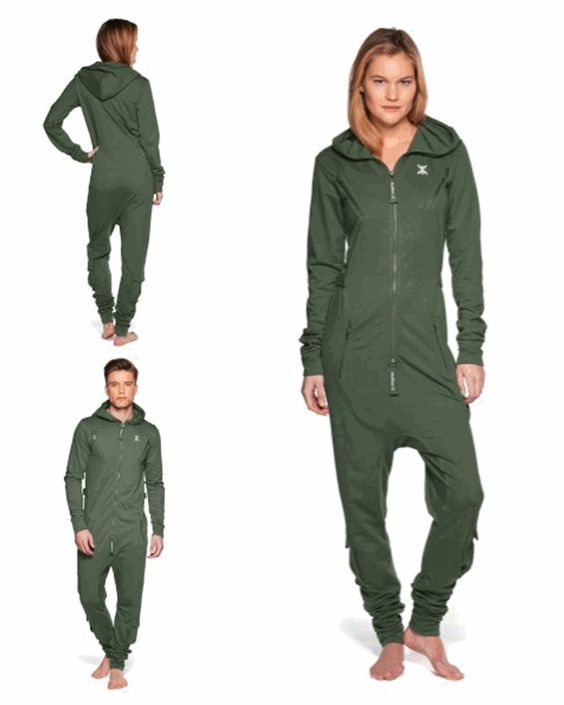 One Piece AIR Onesie Grün Unisex