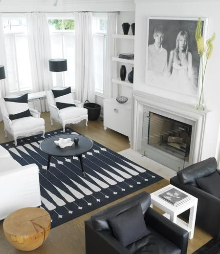 Living Rooms - Benjamin Moore - Cloud White - Bergere Chair Black