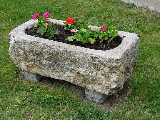 Pflanztrog Granit Ab 250 00 Ziegelsteine Garten Holzlaternen