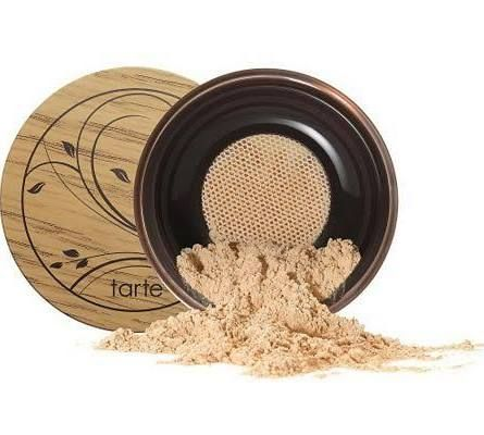I just recently tried Tarte Amazonian Clay Airbrush Foundation for the first time and loved it - it feels natural, looks natural, and provides great coverage while improving your skin. #beauty #makeup #foundation #powder