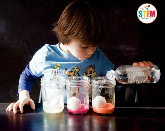 My kids will LOVE this cool science experiment! Make a glowing bouncy egg. It's so easy!