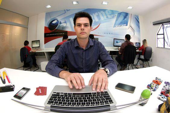 """Felipe Gazolla: """"Como estamos no Sudeste, muitas lojas oferecem frete grátis para Juiz de Fora"""" (Foto: Fernando Priamo/Arquivo Tribuna)"""