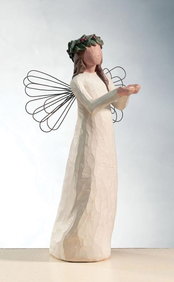 willow tree angel of christmas spirit willow tree. Black Bedroom Furniture Sets. Home Design Ideas