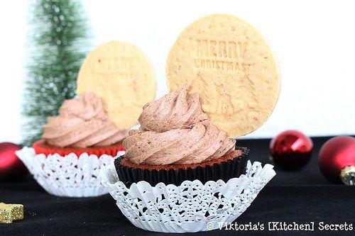 Viktoria's [Kitchen] Secrets: Mandel- Powidl Cupcakes