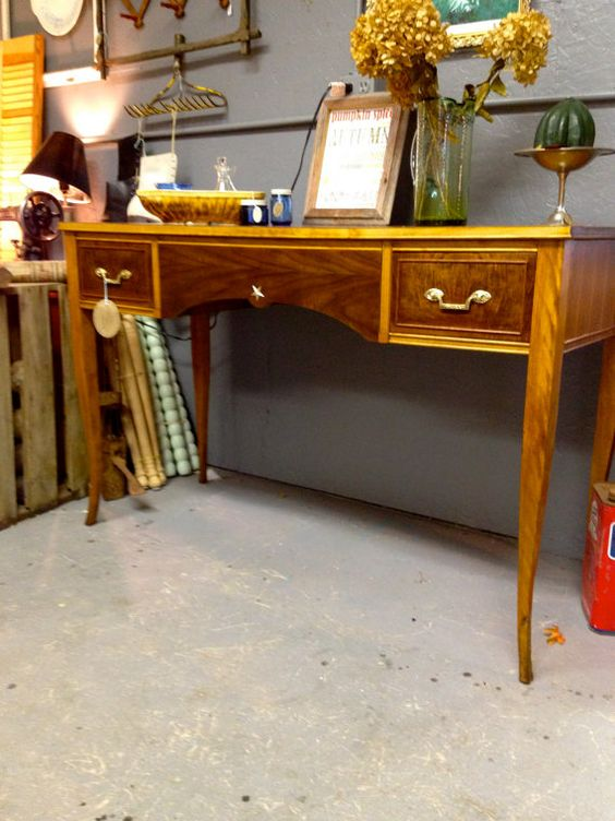 Furniture · Antique Northern Furniture Company ...