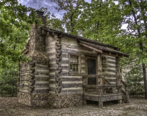 39 a delightful little cabin 39 by rreedpc the wilderness for Cabins near silver dollar city