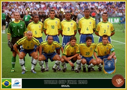 Fan Pictures 1998 Fifa World Cup France Brazil Team Brazil Football Team Fifa Football World Cup Teams