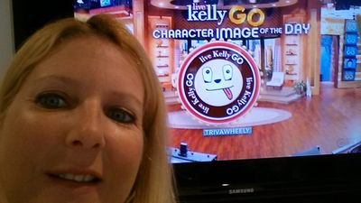 Check out this entry in 8/30 LIVE Kelly Go!