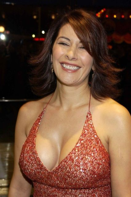 pictures sexy marina sirtis