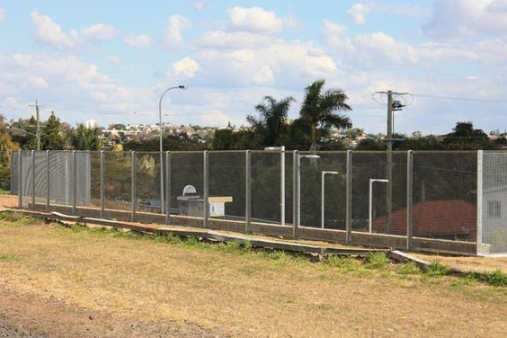 Newmarket Train Station Fencing