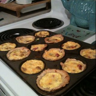 Mini breakfast quiche success!! Super yummy and cute : )