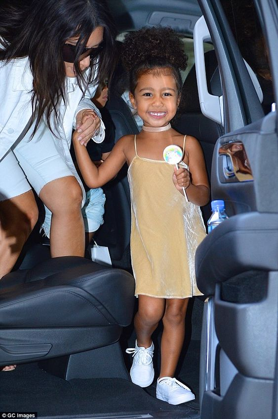 We've arrived! The reality star's eldest daughter was camera ready when the duo prepared to hop out of the car