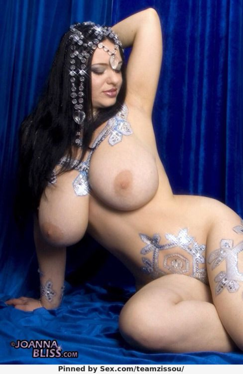 Big tongan girls naked