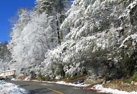 pretty mountain towns | The North Carolina town of Blowing Rock is at its best during winter ...