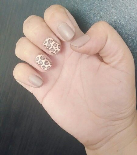 Nails by Mariale