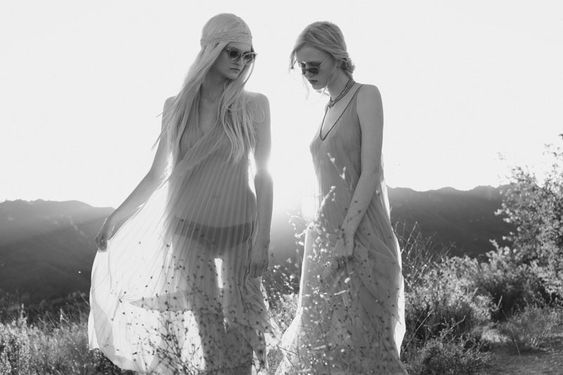 Grey Gardens | Sabine & Djosfien | Harper Smith #photography | Fashion Gone Rogue