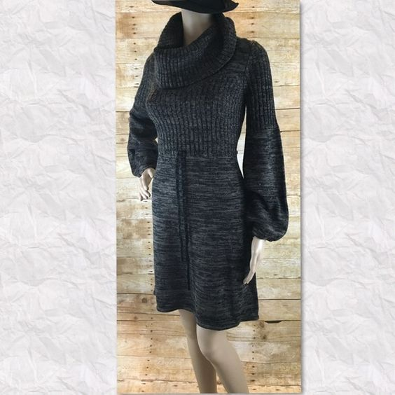 Calvin Klein Sweater Dress long sleeve Calvin Klein sweater dress 37 inches in length  (location03) Calvin Klein Dresses Midi