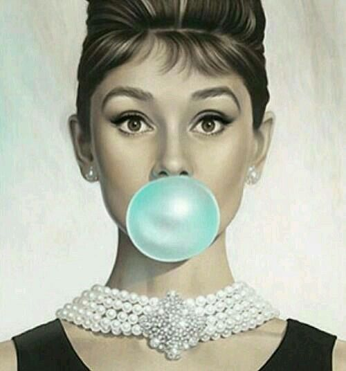 Audrey hepburn phone wallpaper i absolutely love audrey for Audrey hepburn pictures to buy