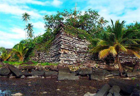 Las ruinas de Nam Madol, Patrimonio de la Humanidad de la UNESCO: http://www.guiarte.com/noticias/nam-madol-patrimonio-unesco.html