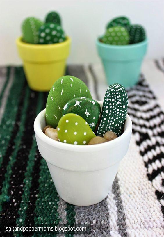 DIY cactus galets peints