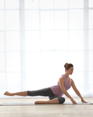 DIY Ballet Barre Workout: Pretzel Extention, Tones core, hips, and glutes, Wholeliving.com