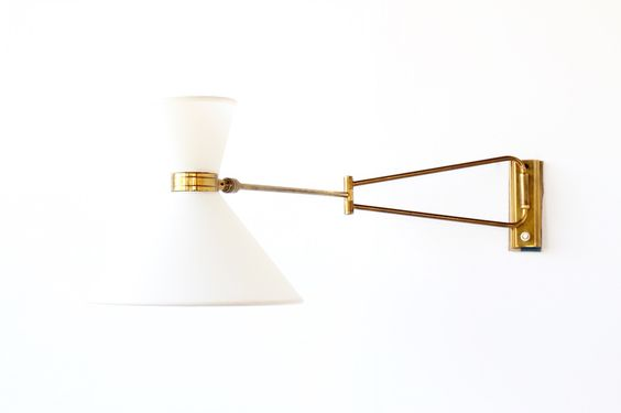Diabolo wall light brass and paper Lamp shade 1950  http://www.galerie44.com/fr/collection/luminaires/applique-diabolo-articulee-1950-detail