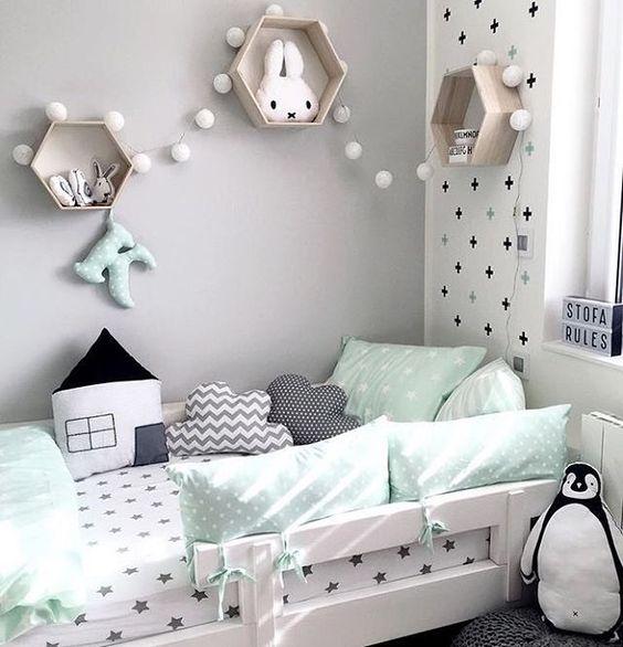 """183 Likes, 11 Comments - Projetos Baby e Kids (@codecorarpetite) on Instagram: """"✨INSPIRAÇÃO✨ Preto e branco e menta são minha nova paixão! ❤️ #codecorarpetite #decor #decoração…"""""""