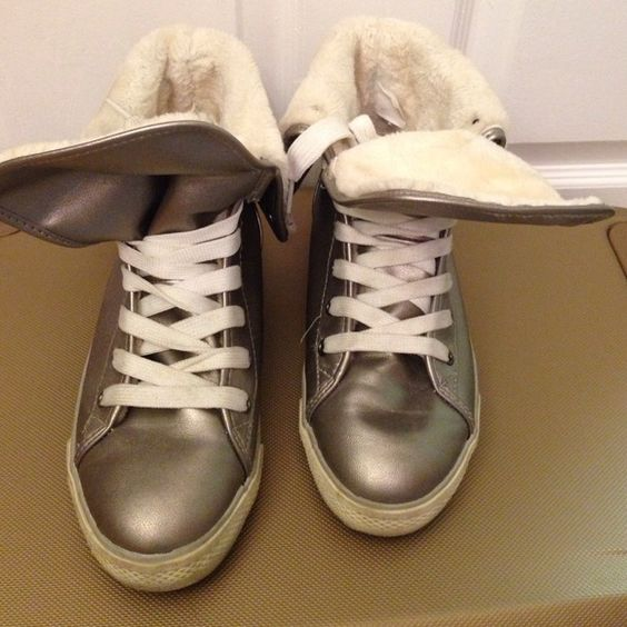 Cute stuffed sneakers Cute stuffed sneakers in good condition Shoes Sneakers