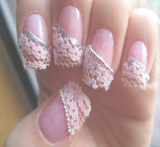 adorable back to institution nail layouts - http://coolnaildesignsz.com/cute-back-to-school-nail-designs-3/