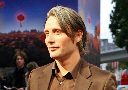 This man, right here…wait a minute - I'm landing back on earth…Mads, looking this Handsome and Divine sent me somewhere! #GodDanish
