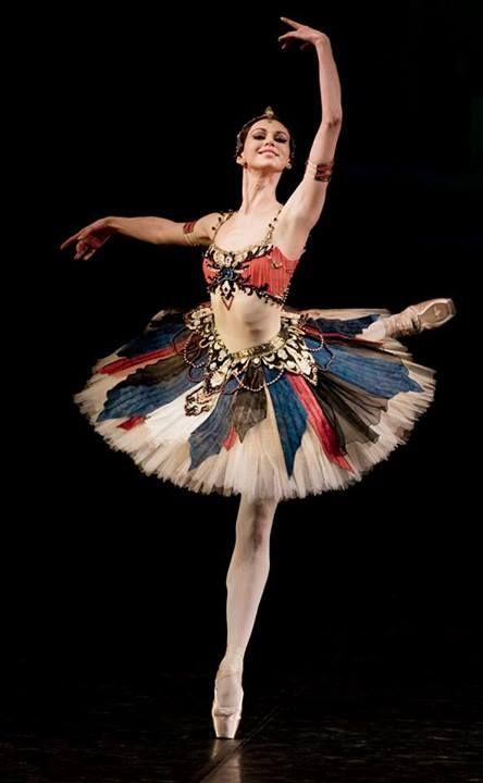 Wacth a russian ballet in Russia...