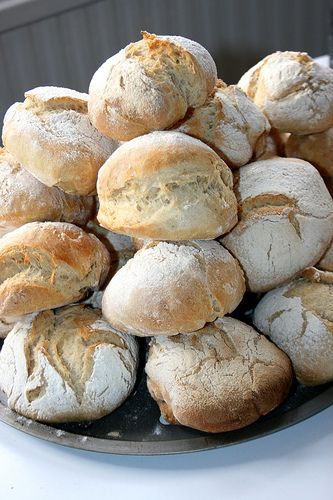 Recipe for Blaas, a traditional bread made almost exclusively in County Waterford, Ireland. Scroll down to bottom for recipe.