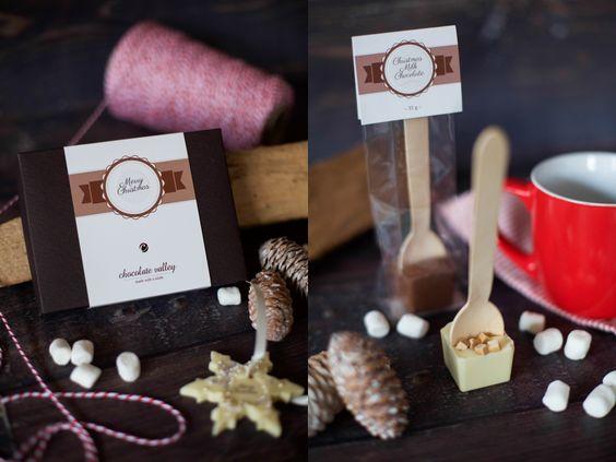 adventskalender-ideen-chocolate-valley-befüllen von honig und vanille