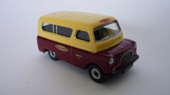 P J Shaw Toys Oxford Diecast 1/76 British Rail Crew Bus Item Code: 76CA018 Price: £4.45