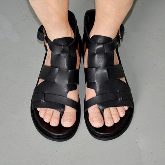 2015 nuovo fasnion degli uomini di estate stile casual in pelle romana gladiatore sandali hight nero uomini piatto scarpe formato libero di trasporto 10(China (Mainland))