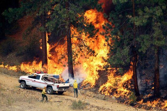 Flareup on Washington wildfires